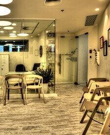 עיצוב משרד - חדר המתנה בקליניקה