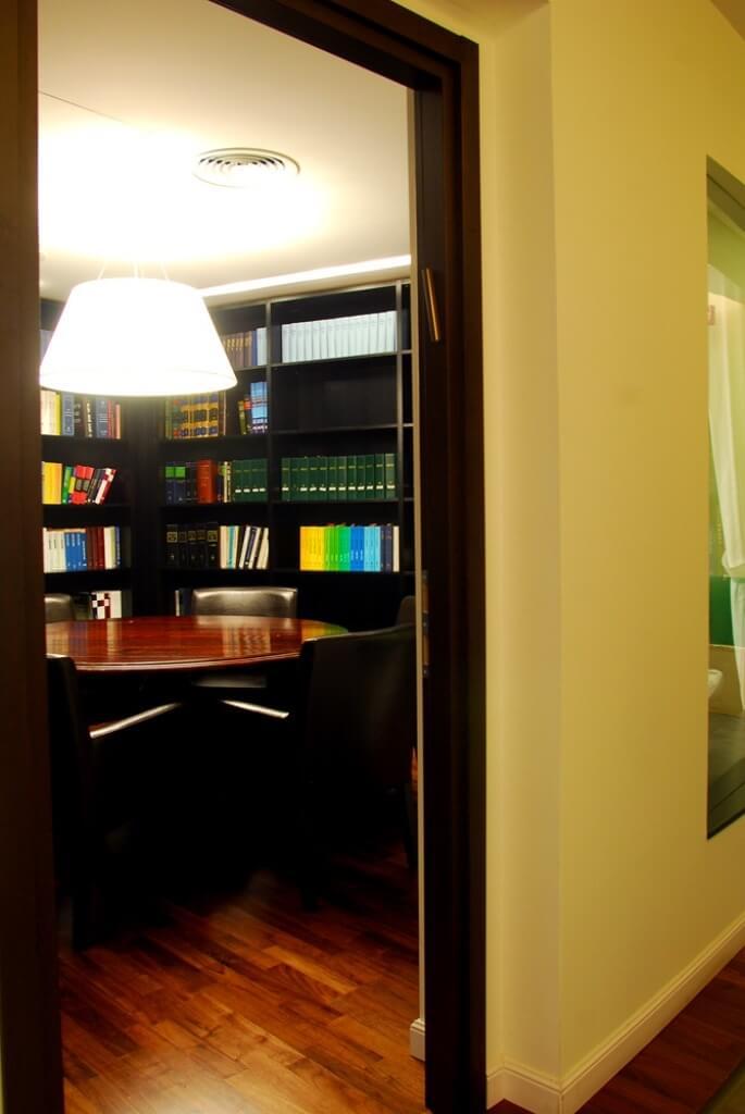 תאורת משרד