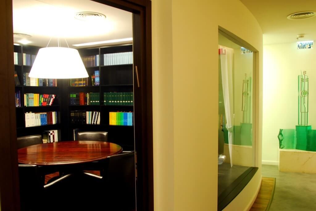 תאורה משרדית